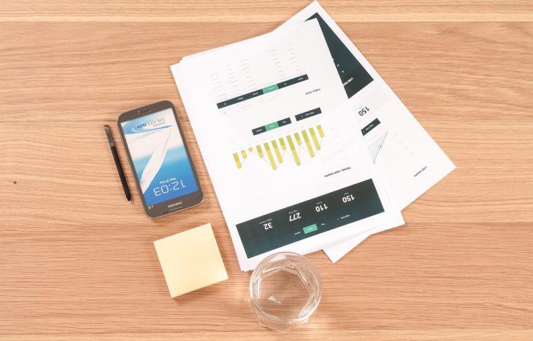 desk mobile wykres chart