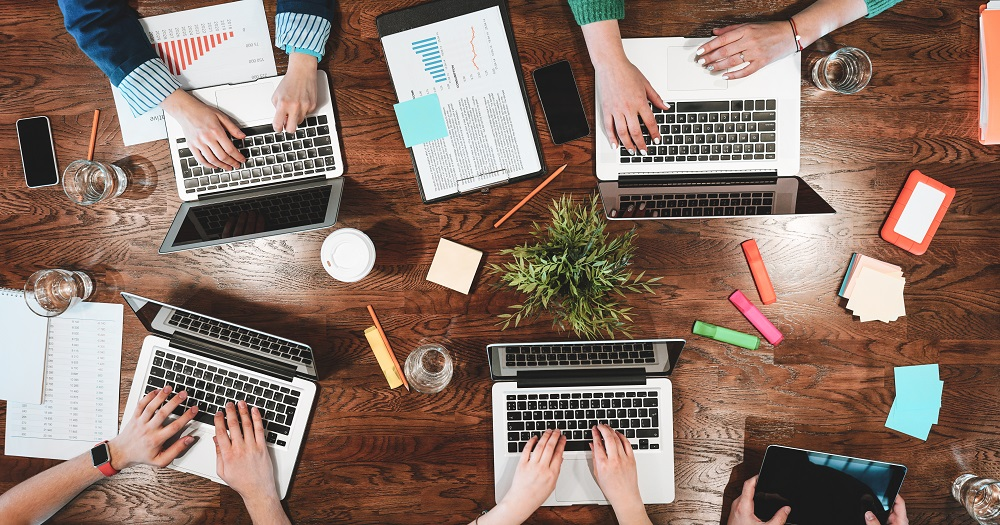 content-marketing-in-house-czy-w-ramach-outsourcing